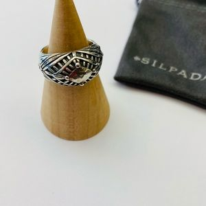 Silpada ring size 7 sterling silver etched dome
